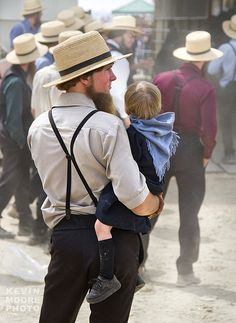 Amish Father and Daughter