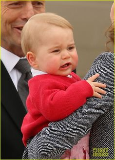 kate middleton prince william prince george say goodbye to australia 18 Prince William and Catherine, Duchess of Cambridge (aka Kate Middleton) pose for a family photo with their adorable nine-month-old baby boy Prince George before…