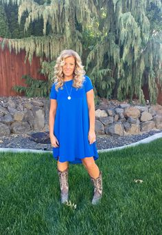 Lularoe Carly looks amazing with your favorite cowgirl boots!! Simple but beautiful!