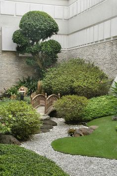 Japanese Garden Landscaping Design, Pictures, Remodel, Decor and Ideas