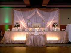 Choose Ottawa Flowers, the award winning wedding expert florist, to help you create your dream wedding.  Book your wedding consultation today!