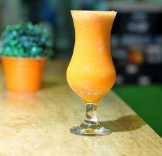 Que tal aprender a preparar um suco que ajuda a evitar o envelhecimento? http://www.blogbarradecereal.com.br/que-tal-aprender-a-preparar-um-suco-que-ajuda-a-evitar-o-envelhecimento/