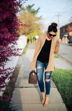 5122a630f573 Life   messy hair blogger sweater jeans top shoes sunglasses jewels bag.