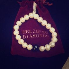 Pearl Bracelet Pearl bracelet from helzburg! helzburg Jewelry Bracelets