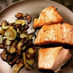 Top dinner... #insta #instame #instadiet #instafit #instagood #instadaily #instalike #instafollow #fitness #fitgirls #fitnessgirl #fitnessbody #fitnesslove #fitnessmotivation #fitnessjourney #diet #dieta #sanaimentazione #ChallengeYourBodyNutrition #GZ