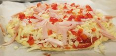 Lavkarbo Pizza Grandiosa Hawaiian Pizza, Bruschetta, Lchf, Cabbage, Vegetables, Ethnic Recipes, Food, Cabbages, Hoods