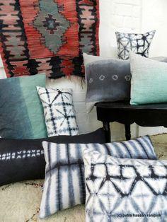 ranipink´s Kissen *hand-dyed black shibori* 30x50 von ranipink auf DaWanda.com