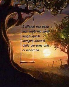 """""""Mi piace"""": 20, commenti: 3 - @maria_chiara_2011 su Instagram: """"#buonanotte#cosi#pensierofisso#mimanchi#tanto#sognidoro#goodnight#sweetdreams#lovely#bonnenuite#buenasnoche#boanoite#moment#nochebuena#dolcenotte#a#tutti#instaframe#instaphoto#instalike#instamood#frases#photography#foto####"""""""