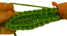 How to Crochet on Opposite Side of Chain. I've done this technique many times without knowing what it was called until I ran across it in a pattern I purchased, wherein there was absolutely no explanation. Thank goodness for the internet. Crochet Crafts, Crochet Yarn, Yarn Crafts, Crochet Projects, Crochet Tutorials, Love Crochet, Easy Crochet, Crochet Flowers, Yarn Thread