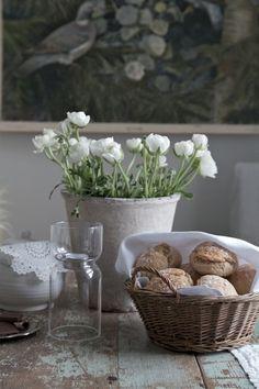 Marie Elisabeth's Rum. Bread Basket . #Bread Basket # wicker Basket #Basket