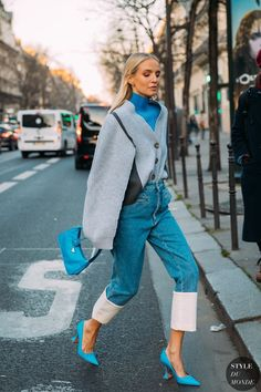 Haute Couture Spring 2020 Street Style: Leonie Hanne, Haute Couture Spring 2020 Street Style: Leonie Hanne Leonie Hanne between the fashion shows. Fashion 2020, Fashion Week, Look Fashion, Autumn Fashion, Fashion Outfits, Fashion Tips, Fashion Design, Fashion Hacks, Teen Street Fashion