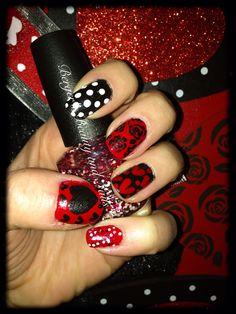 Valentines Day nails :-) #nails #nailart #valentinesdaynails