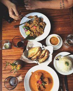 Date night @mela.asheville. The Kashmiri chicken was 👌#foodie #avlfoodie…