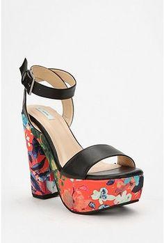 ccf87dc3a Kimchi  amp  Blue Printed Platform Heels Shoes Heels Wedges