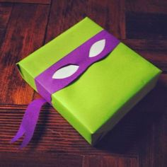 37 Amazingly Creative DIY Gift Wrap Tutorials to Make Your Gift Shine - All Gifts Considered Themed Gift Wrap DIY Tutorials - TMNT gift wrap for children's presents. Use for fans of Ninja Turtles Turtle Birthday Parties, Ninja Turtle Birthday, Ninja Turtle Party, Boy Birthday, Ninja Turtles, Present Wrapping, Creative Gift Wrapping, Creative Gifts, Gift Wrapping Ideas For Birthdays