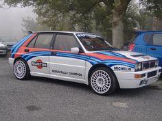 Lancia Delta HF Integrale Hatchback Cars, Martini Racing, Lancia Delta, Italian Beauty, Martinis, Rally Car, Car Manufacturers, Vw Bus, Amazing Cars