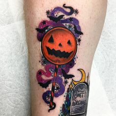 Check out this vibrant, colorful Halloween-ish illustration from the film 'Tric. - Check out this vibrant, colorful Halloween-ish illustration from the film 'Trick 'r Treat. 13 Tattoos, King Tattoos, Body Art Tattoos, Sleeve Tattoos, Horror Tattoos, Tatoos, Cross Tattoos, Dream Tattoos, Sam Trick R Treat