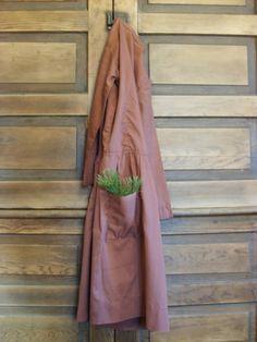 simple w/ dress & greens