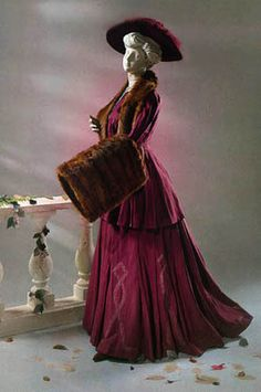 Gorgeous edwardian walking suit 1905 with fur muff.