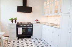 Humlebacken - Kitchen Cabinets, Home Decor, Decoration Home, Room Decor, Kitchen Base Cabinets, Dressers, Kitchen Cupboards, Interior Decorating