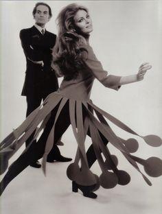 1970. Raquel Welch dress in Pierre Cardin. Photo by Terry O'Neill.