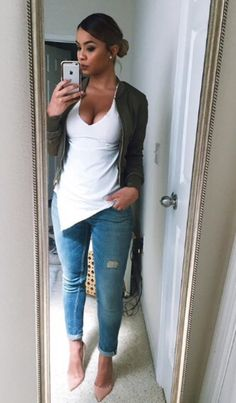 Find out our straightforward, comfortable & just lovely Casual Fall Outfit ideas. Get motivated with these weekend-readycasual looks by pinning your most favorite looks. casual fall outfits with jeans Mode Outfits, Casual Outfits, Fashion Outfits, Womens Fashion, First Date Outfit Casual, Fashion Killa, Look Fashion, Autumn Fashion, Girl Fashion