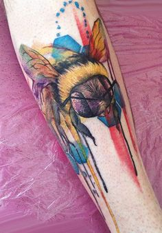 Watercolor nice bee by Lianne Moule
