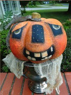 JACK-O-LAMP Halloween Gourds, Halloween Doll, Halloween Items, Halloween Projects, Diy Halloween Decorations, Holidays Halloween, Vintage Halloween, Halloween Ornaments, Fall Projects