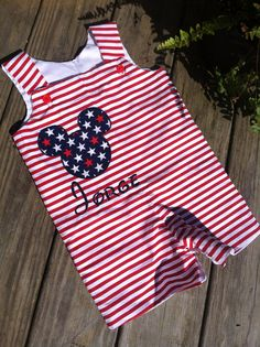Independence Day birthday, 4th of July, shortall on Etsy, $32.00