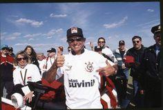 Emerson Fittipaldi, bicampeão da Fórmula 1 e campeão da Fórmula Indy, é torcedor do Corinthians (Foto: André Penner )