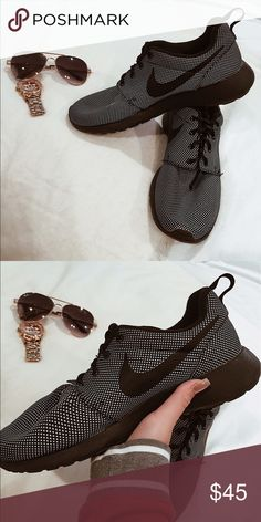 Nike Roshe Sneakers Barely used, black patterned, Nike Roshe sneakers Nike Shoes Sneakers