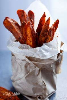 Crispy Sweet Potato Wedges with Garlic Avocado Aioli | http://cafedelites.com