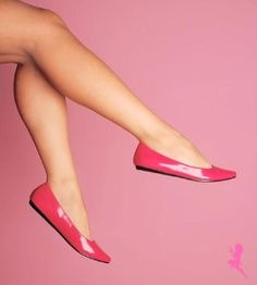 YES!! patent pointed toe flats in hot pink!