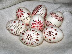 Easter Crafts, Christmas Crafts, Crafts For Kids, Arts And Crafts, Eastern Eggs, Easter Egg Designs, Egg Art, Egg Decorating, Happy Easter