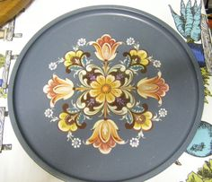 Rosemal Flower Pattern Tray