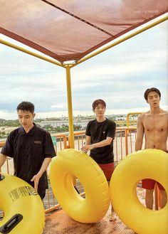 D.O, Baekhyun, Sehun - 190911 Fourth official photobook 'PRESENT ; the moment' Kaisoo, Chanbaek, Exo Ot12, Baekhyun Chanyeol, Exo Kai, Exo Lockscreen, Xiuchen, Kpop Exo, Bts And Exo