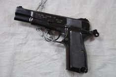 Pistol Auto 9 mm 1A - Kolkata 2012-01-23 8779 - List of equipment of the Indian Army - Wikipedia