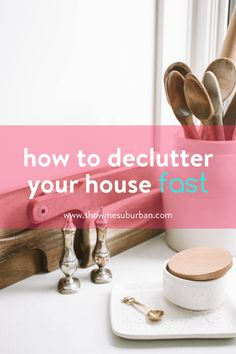 The need to declutter my home quickly left me feeling overwhelmed. Simplify the decluttering process with these tips and ideas to organize important areas of your home fast. You can do this in a few hours or in a weekend! Game Organization, Refrigerator Organization, Entryway Organization, Organized Entryway, Organized Kitchen, Cleaning Checklist, Cleaning Hacks, Entry Closet, Family Organizer