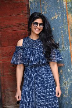 Megha Akash (born 26 October is an Indian film actress whos appeared in Tamil and Telugu films. She made her debut in Telugu film LIE in Indian Film Actress, South Indian Actress, Beautiful Indian Actress, Beautiful Actresses, Indian Actresses, Megha Akash, Short Dresses, Summer Dresses, Actress Photos