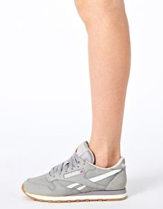Enlarge Reebok Classic Vintage Grey Trainers