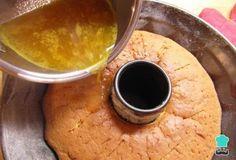 Aprende a preparar torta de naranja húmeda con esta rica y fácil receta. El bizcocho de naranja es uno de los grandes clásicos, junto con la torta de zanahoria, el...