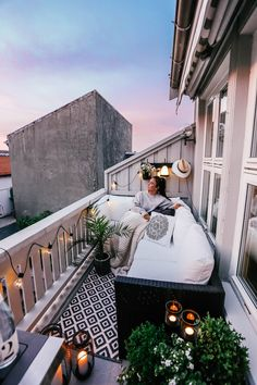Small Balcony Design, Small Balcony Garden, Small Balcony Decor, Outdoor Balcony, Terrace Design, Patio Design, House Design, Patio Balcony Ideas, Cozy Patio