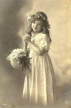 Vintage Postcard ~ Pretty Girl w/Flowers   Flickr - Photo Sharing!