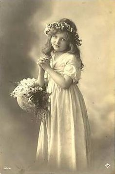 Vintage Postcard ~ Pretty Girl w/Flowers | Flickr - Photo Sharing!
