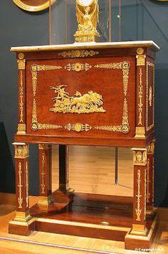 Arts décoratifs Premier Empire - Jacob-Desmalter : Secrétaire dit de Bordeaux (1800-05 - Louvre)