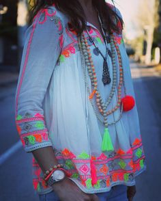 Live the top! Look Fashion, Womens Fashion, Fashion Trends, Look Boho Chic, Mexican Fashion, Western Outfits, Mode Style, Hippie Style, Indian Wear