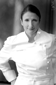Anne-Sophie Pic comes from a long line of Michelin-starred chefs named World's Best Female Chef I don't think I need a Michelin star chef but I would love to have a chef to cook for me everyday! Chef Recipes, Wine Recipes, Anne Sophie Pic, Women In France, Recipe For Success, Think Food, Michelin Star, Best Chef, Gifts For Photographers