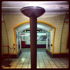 #awesome #retro #vintage uplighter at #Southgate #tube #london #underground #piccadillyline #londonunderground get the #kookylondon here https://itunes.apple.com/gb/app/kooky-london/id625209296?mt=8 #iglondon #ig_london #igers #uk #greatbritain #england #britain #british #english #architecture #northlondon #iphonesia