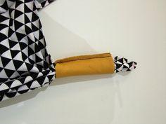 Die Origami-Bag: 30-Minuten-Tasche für Anfänger » BERNINA Blog Origami Yoga, Diy Origami, Yoga Bag, Bento, Sewing Projects, Triangle, Tie Dye, Knitting, Crochet