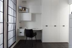 Modern Home Office Design Furniture. Domestic Workspace.  Spazio lavoro allestito in casa. Piccolo ufficio moderno mobili design Made in Italy by Semprelegno.